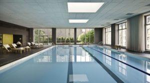 1.游泳池