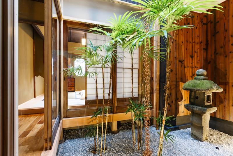 indigo-house-lower-garden-southern-higashiyama (Large)-L
